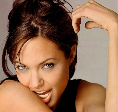 angelina-jolie-pregnant How can you not love this face? (sigh!)