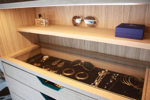 Hosun Ching Walk In Closet5