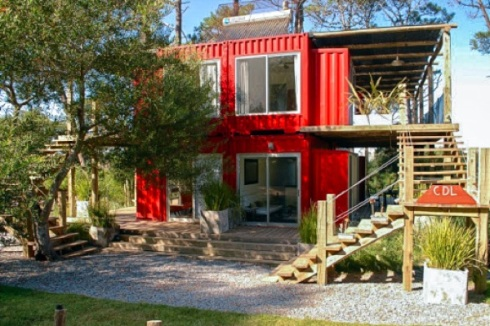 Eco-Stacked-Shipping-Container-Apartments-in-Uruguay-05