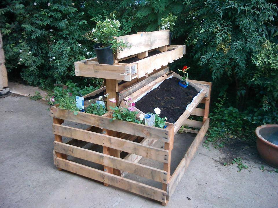 Pallets the life and times of a renaissance ronin for Planters made out of pallets