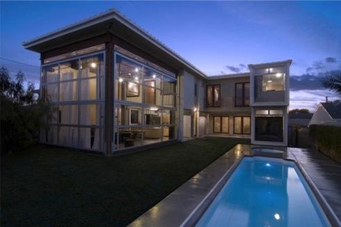 demaria-redondo-beach-container-house-rear-view